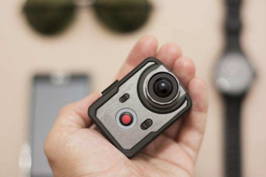 034749c667a 5 accessoires indispensables pour votre GoPro - Le Mag Conso